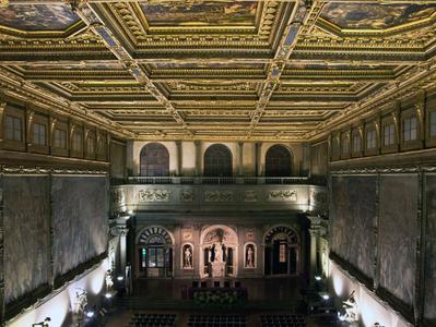 The Secret Passages of Palazzo Vecchio + Lunch