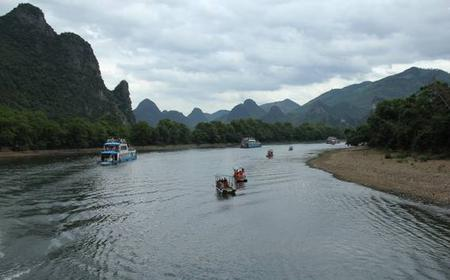 Li River Cruise and Yangshuo Sightseeing from Guilin