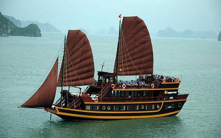 From Hanoi: 2-Day Ha Long Bay Cruise