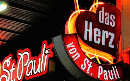 Hamburg St. Pauli and Reeperbahn guide with pub