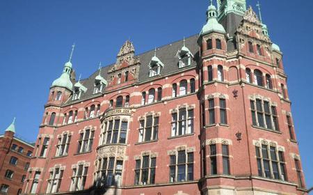 Hamburg: 2-Hour Tour of the Speicherstadt