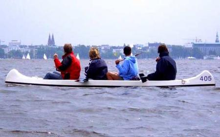 Hamburg: Private Alster Tour by Canoe