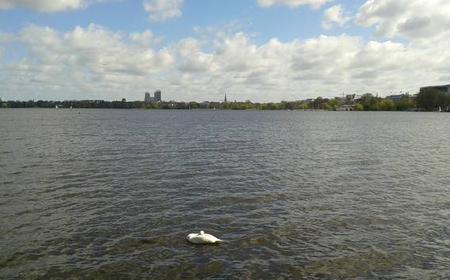 Hamburg: Bike Tour Along the Alster