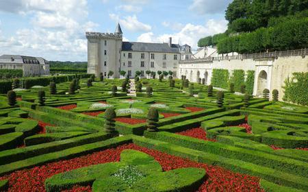 Group day tour: Azay le Rideau, Langeais & Villandry