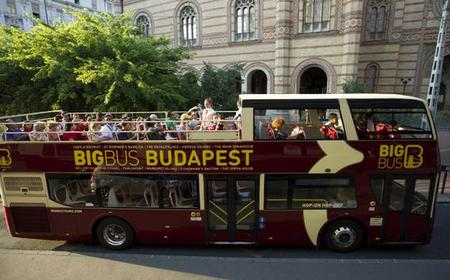 Explore Budapest: Hop-on Hop-off Sightseeing Bus Tour