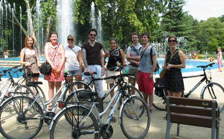 Easy Breeze Guided Bike Tour in Pest