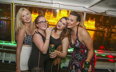 Budapest Nightlife Tour: Pub Crawl and Party Boat