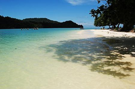 Private Half-Day Langkawi Islands Hopping Including Island Boat Ride