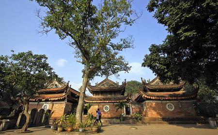 Thay and Tay Phuong Pagoda - Van Phuc Silk Village tour