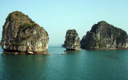 Vietnam 4-Day Tour of Hanoi, Perfume Pagoda, Halong Bay