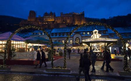 Christmas market leadership in Heidelberg's Old Town
