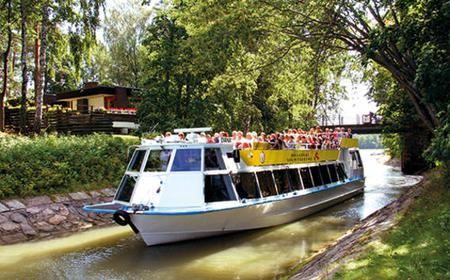 90-Minute Helsinki Boat Cruise on the Beautiful Canals