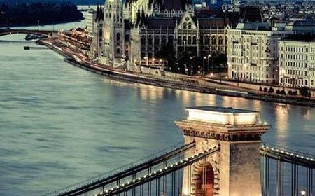 Budapest: Half-Day Highlights Small Group Private Tour