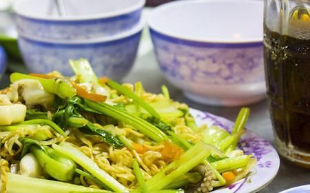 Ho Chi Minh City: 4-Hour Local Foodie Tour by Motorbike