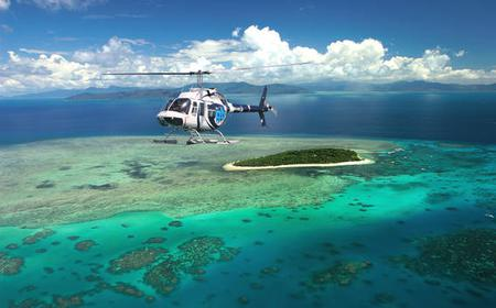 Ultimate Reef & Rainforest: 60 Minute Helicopter Flight