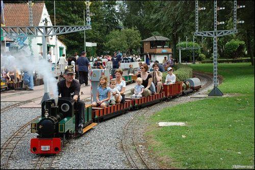 Le Petit Train à Vapeur
