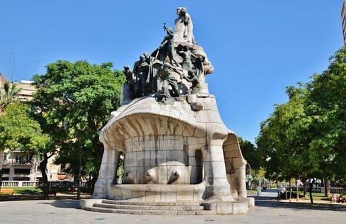 Monument to Bartomeu Robert