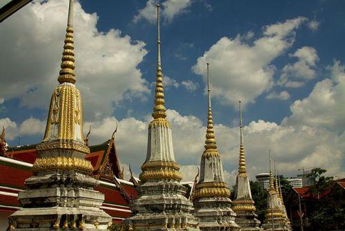 Song Wat Road