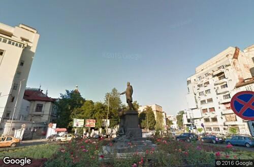 Statue of Alexander Lahovari