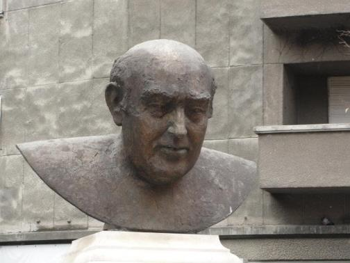Statuie Iosif Sava