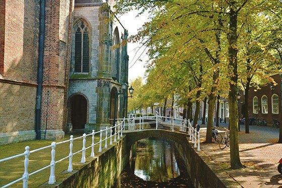 Cerámica azul de Delft