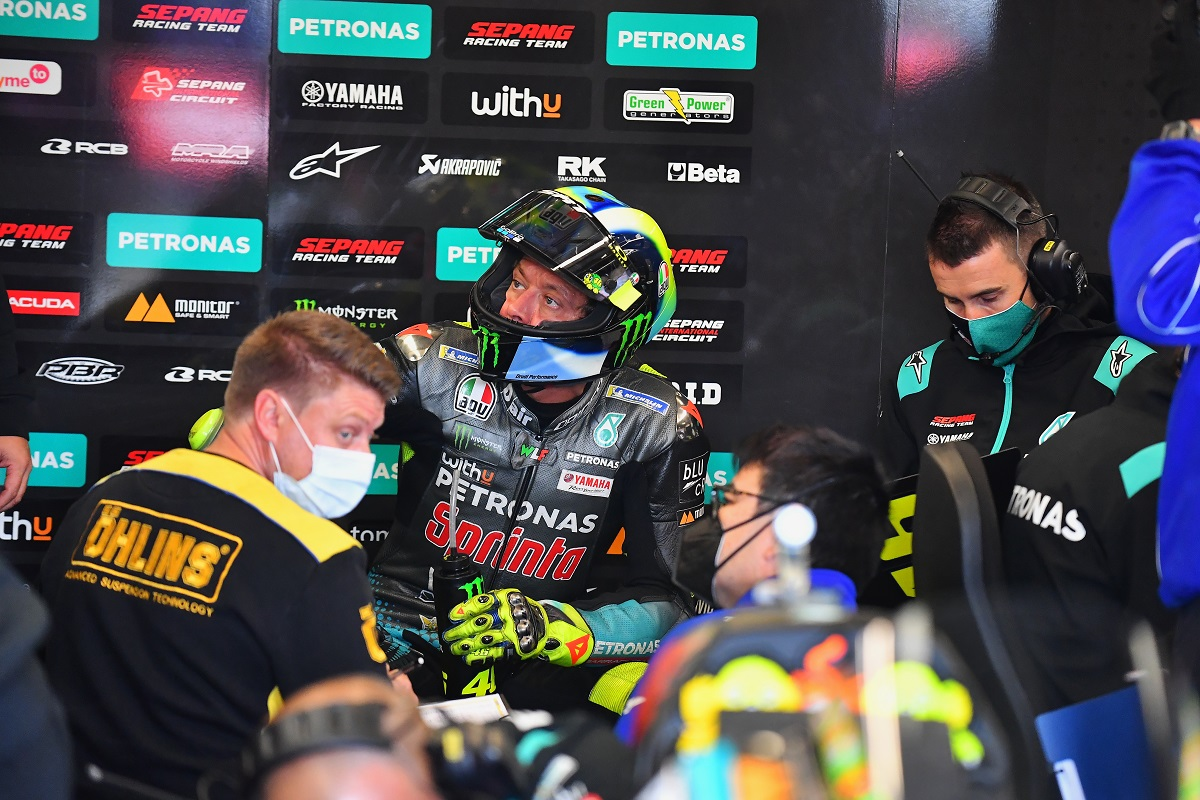 Valentino Rossi reveals his stay in MotoGP after 2020 - iMotorbike News