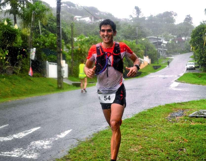 Guillaume Boccas a évité les pièges d'un terrain glissant. « La pluie n'étant pas un problème, ça a permis de nous rafraîchir », estimait-il à l'arrivée. Un avis partagé par la plupart des 255 partants au total du 11 et du 24 km.Photos A.F.