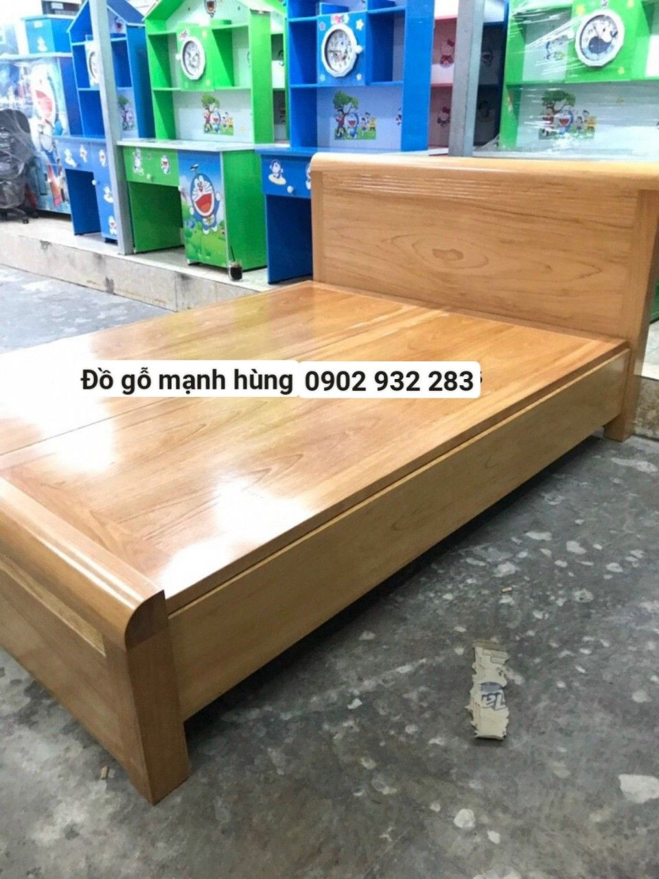 Giường gỗ gõ đỏ mẫu hiện đại 1,6m