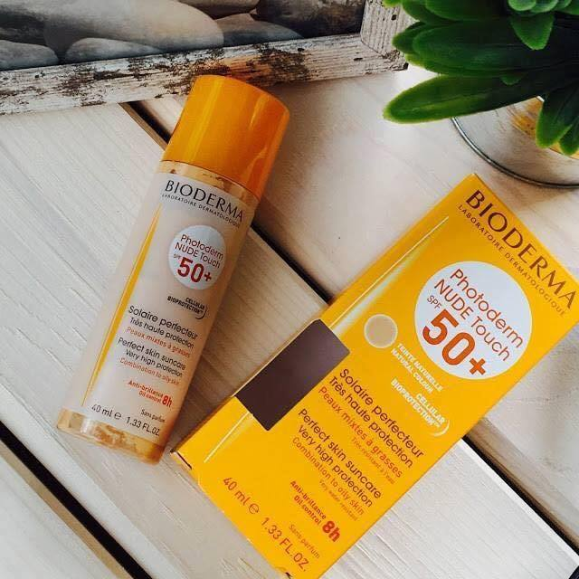 Kem chống nắng Bioderma Photoderm Nude Touch Natural Color SPF 50+