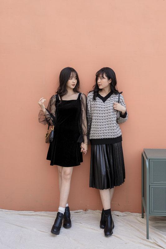 Váy nhung phối tay lưới đính hạt