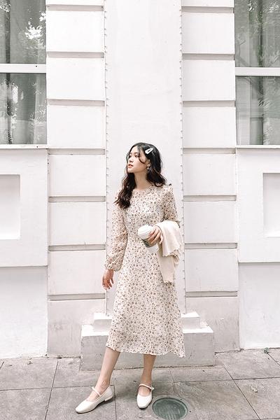 Váy cổ tròn hoa nhí 3099