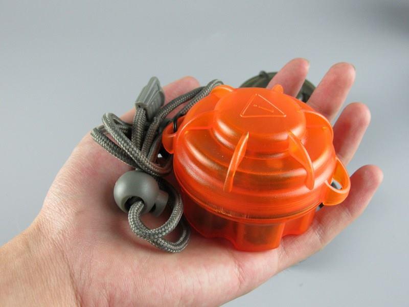 Hộp EDC Gear (Đựng 6 pin 16340 - 4 màu: Cam, Đen, Xanh lá, Xanh nước biển)
