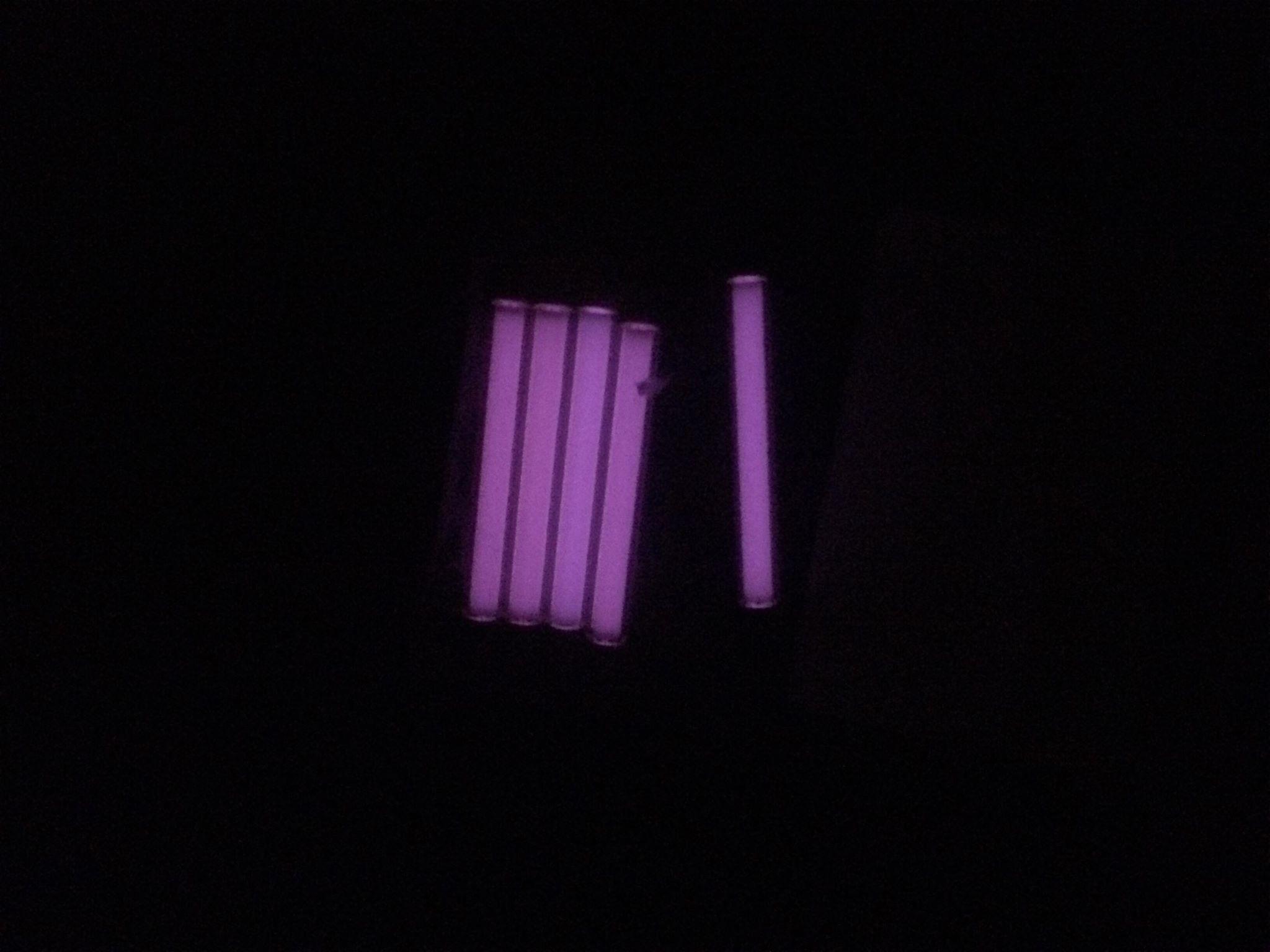 TEC - Thanh Phát Sáng Tritium T3 Vials Pink Purple (Tím hồng - 23mm)