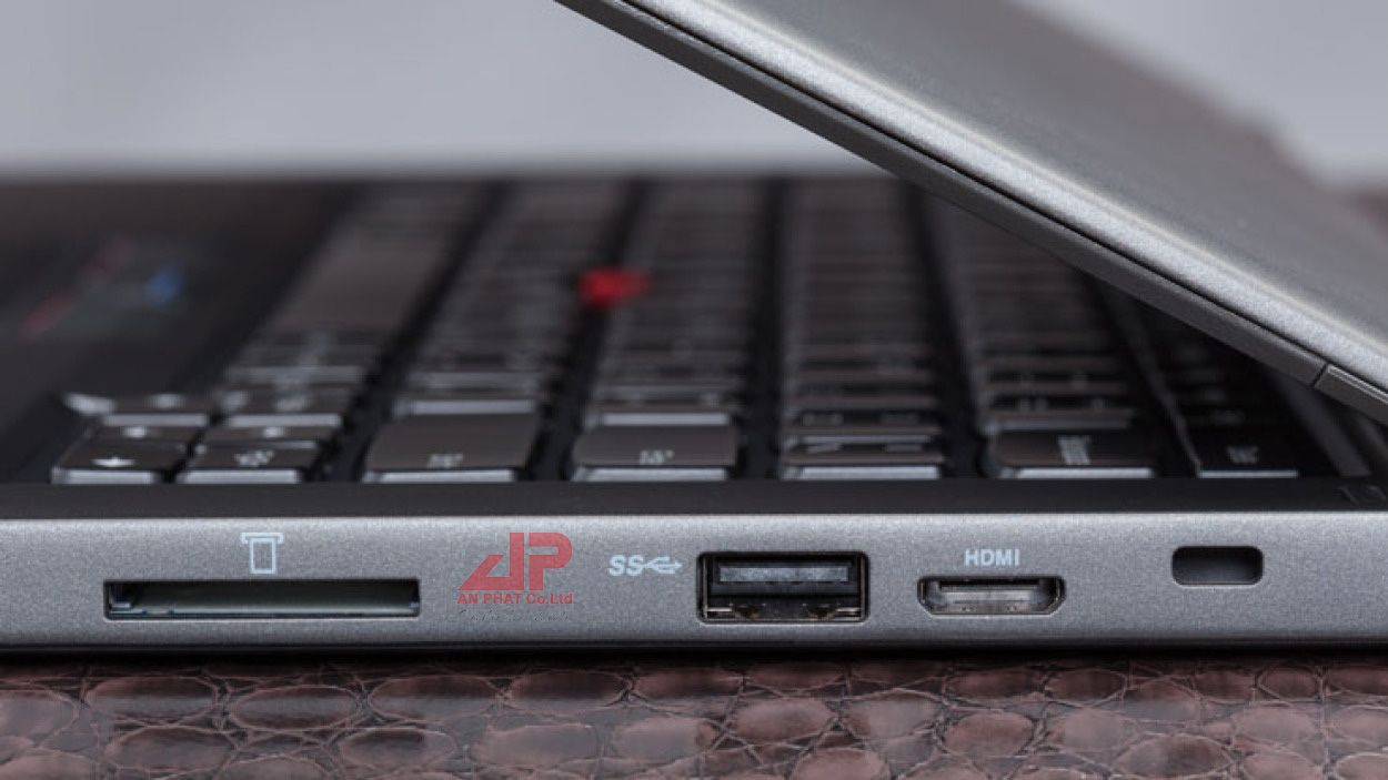 LAPTOP THINK PAD YOGA 12 CẢM ỨNG ( Taplet in Laptop) CORE i5 5300U Up to 2.9GHz   RAM 8G   SSD 256GB   WiFi Webcam Bluetooth W10P64