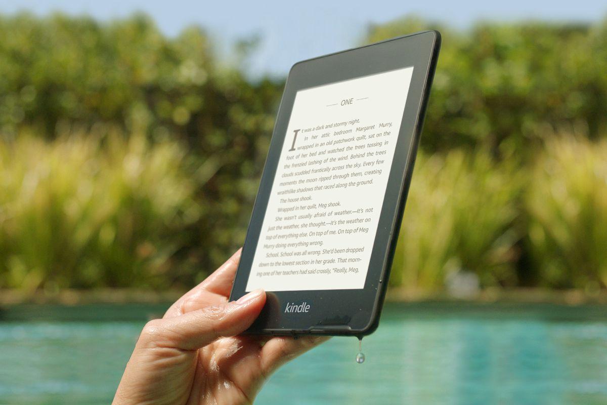 Máy đọc sách Kindle PaperWhite gen 4 (10th) - Bản 8 GB - Hàng chính hãng