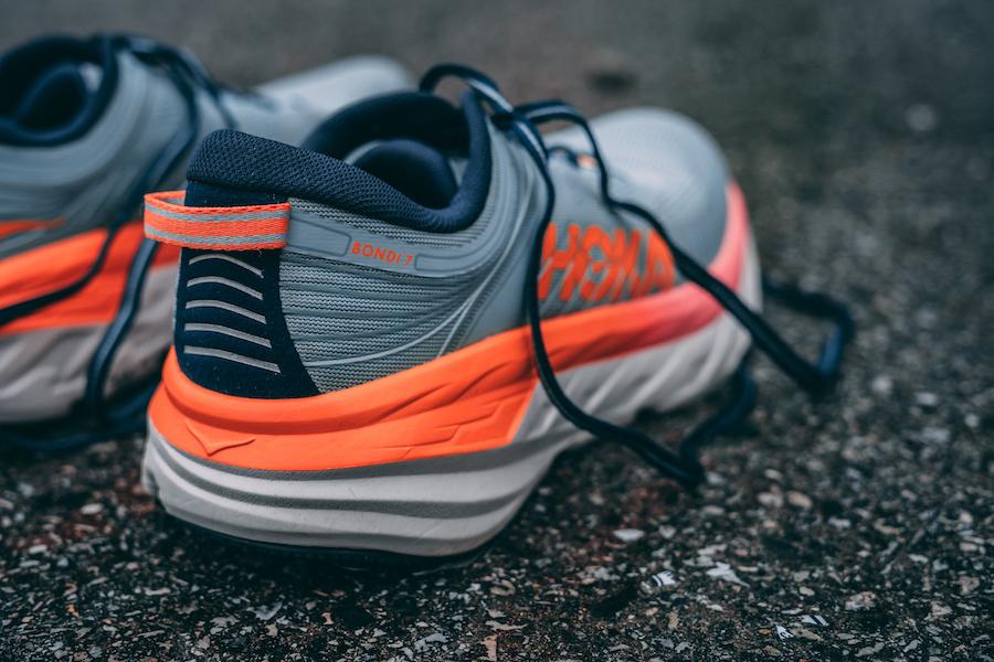 Giày chạy bộ nữ hoka bondi 7