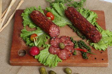 Khám phá giá trị dinh dưỡng từ Salami tiêu đỏ
