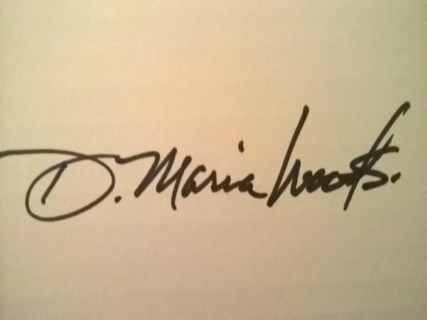 DMaria Woods's Signature
