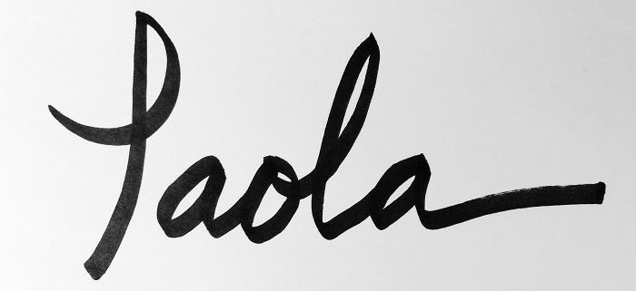 Paola Gracey's Signature
