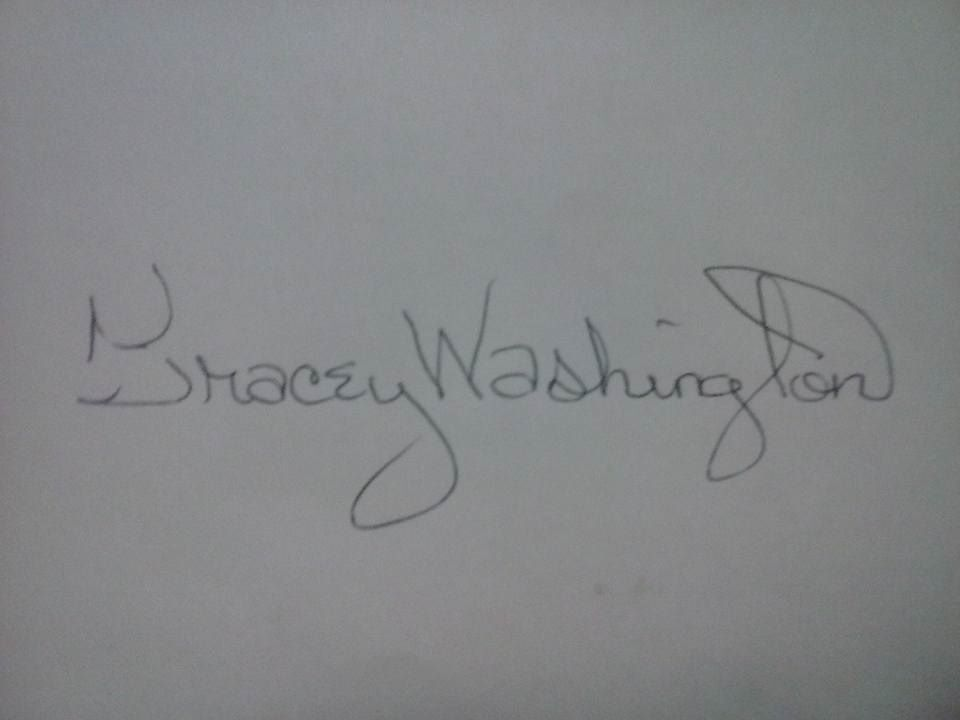 Tracey Washington's Signature