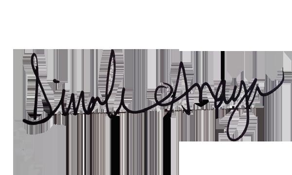 Dinah Anaya's Signature