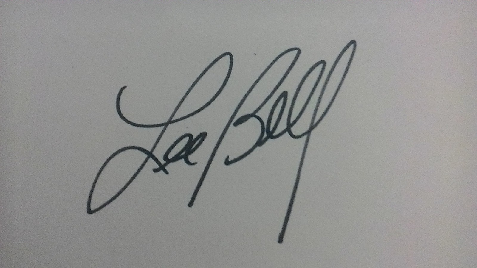 Lee Bell's Signature
