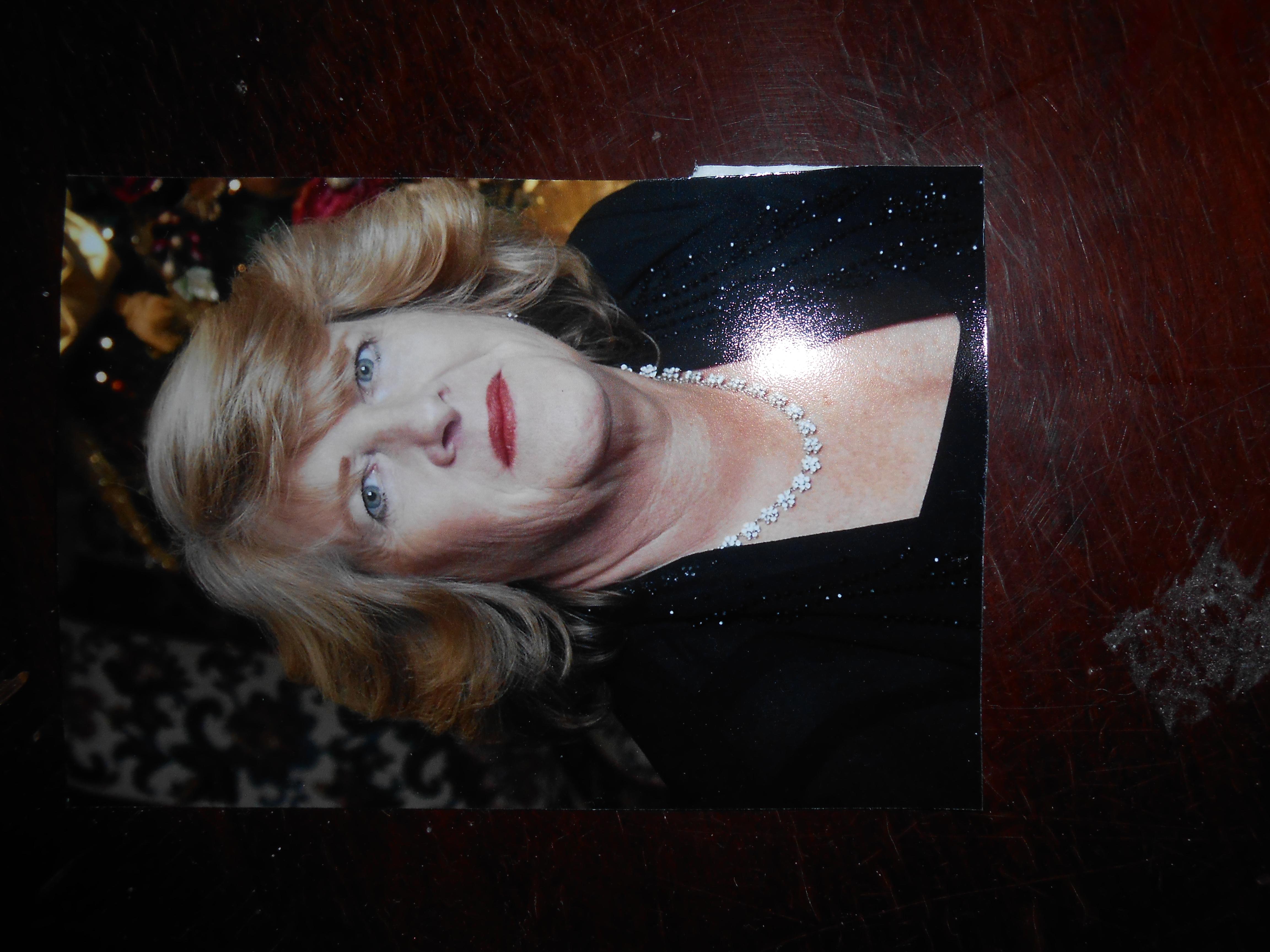 Linda Gore's Signature