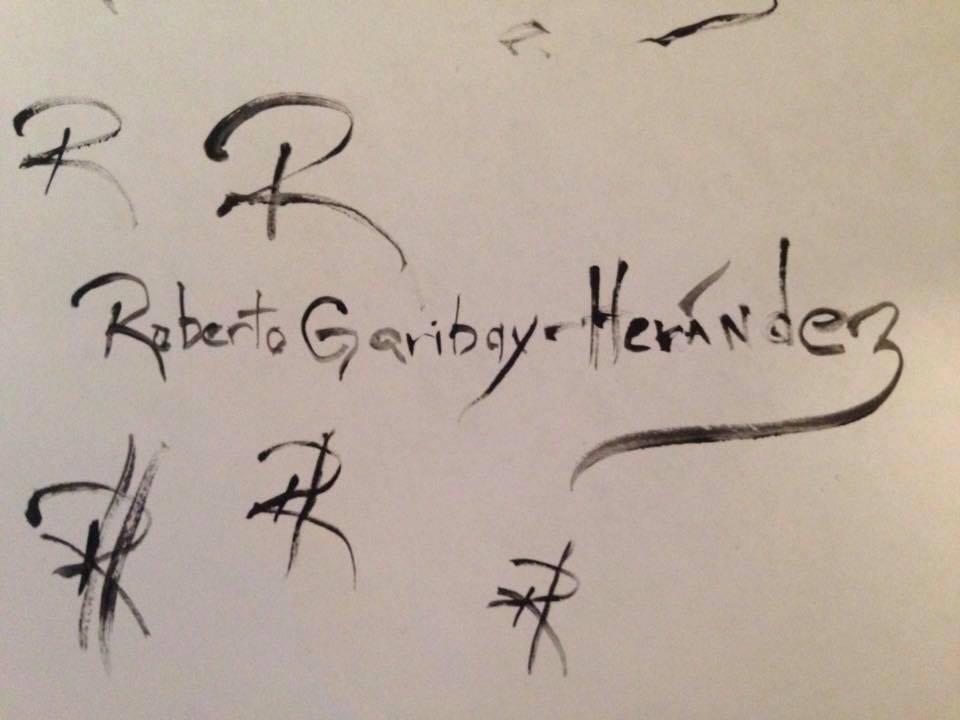 Roberto Garibay-Hernandez's Signature