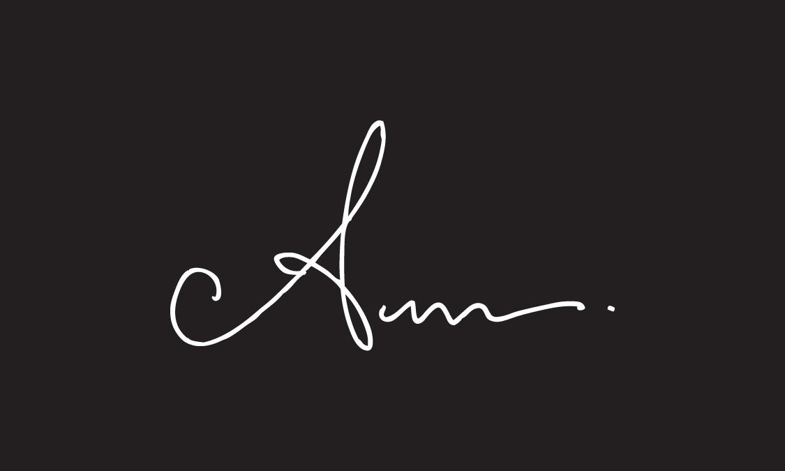 Anum Tariq's Signature