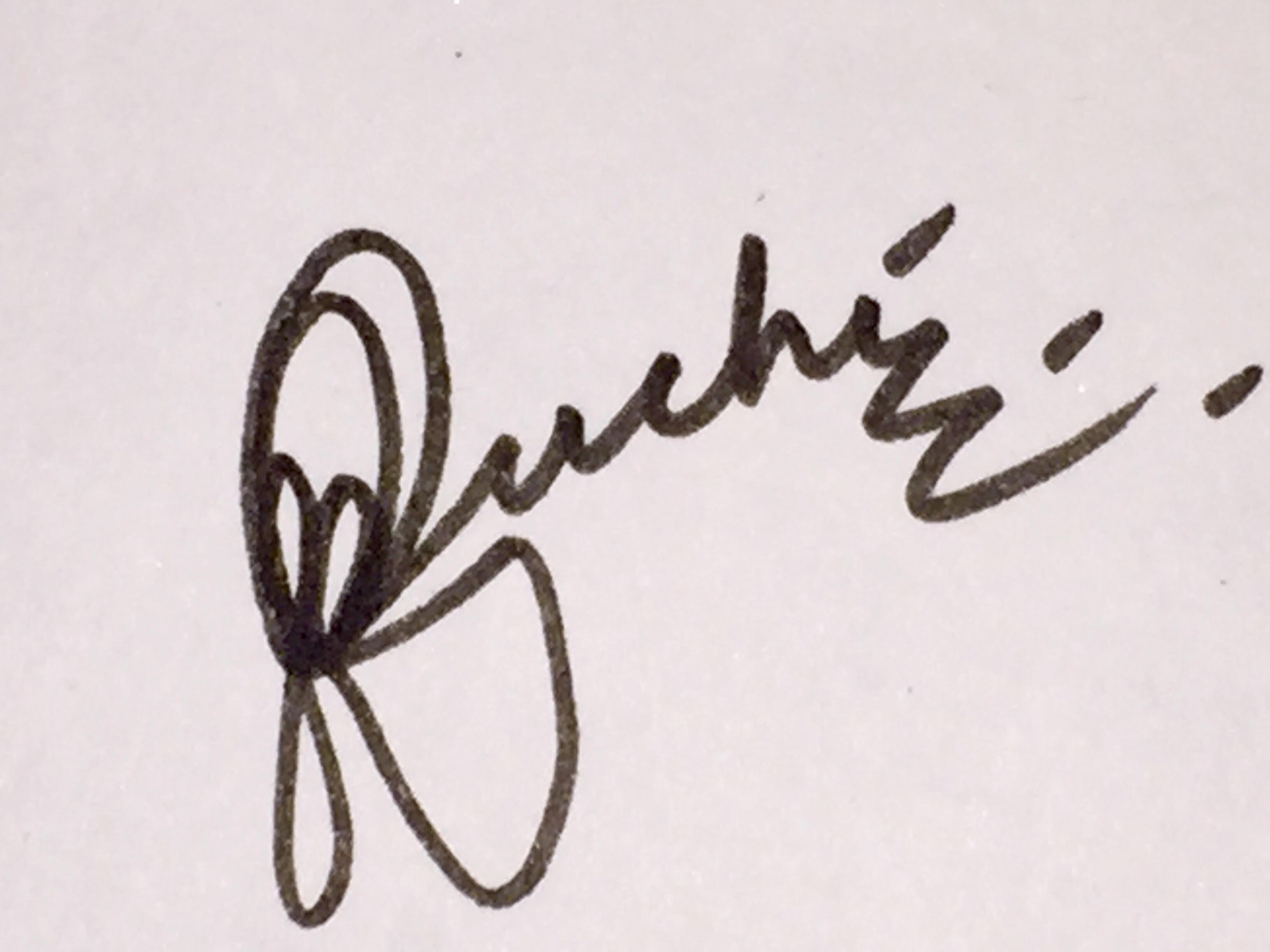 Ruchi Chadha's Signature