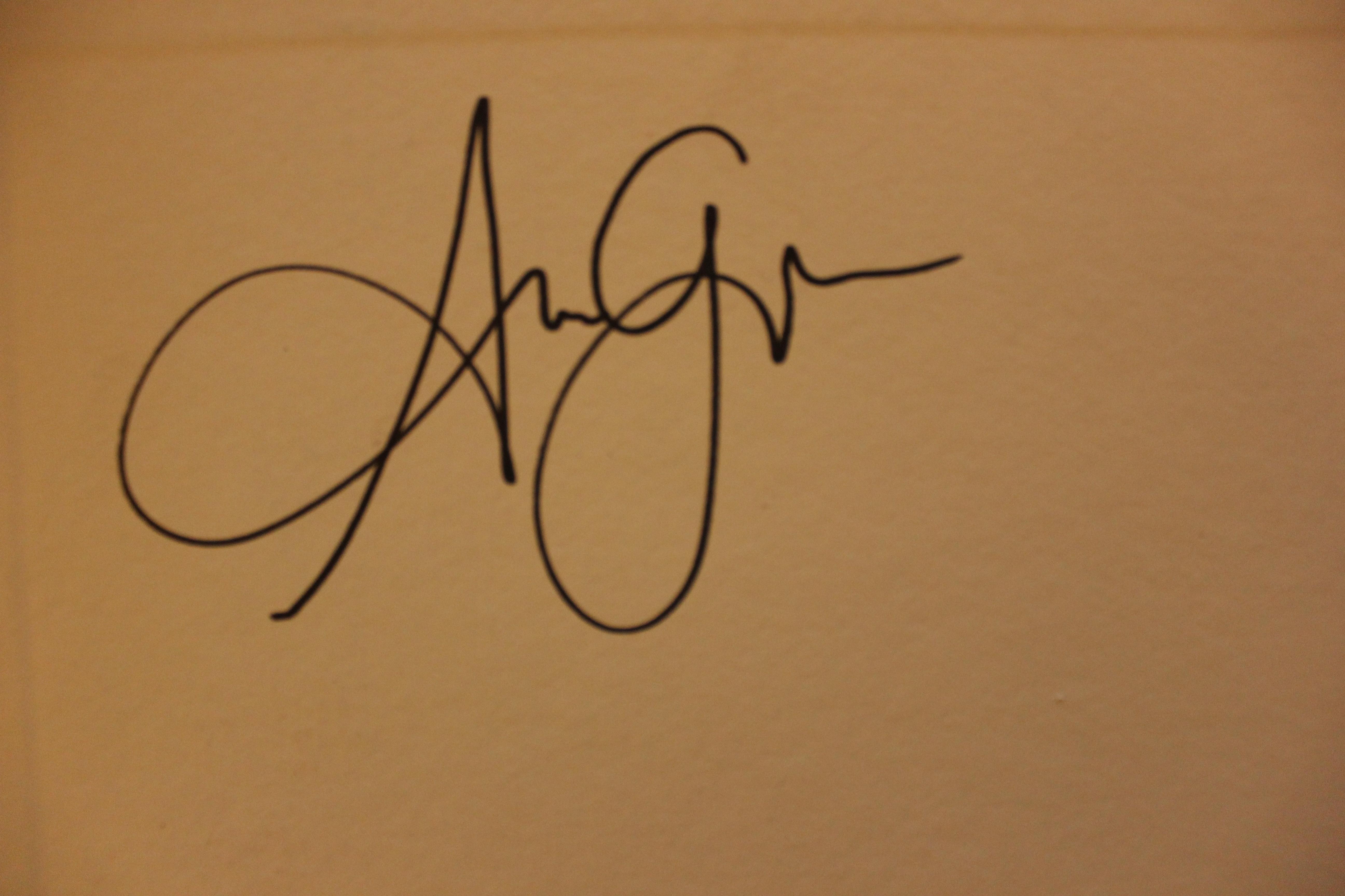 greg norbert Adotevi owondot's Signature