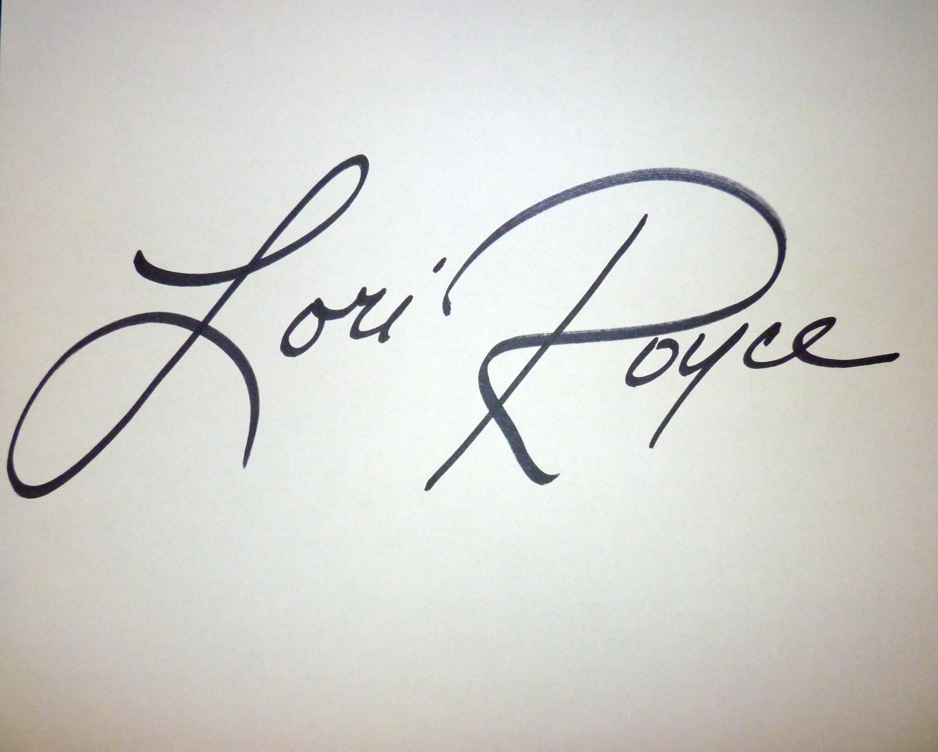 lori royce's Signature