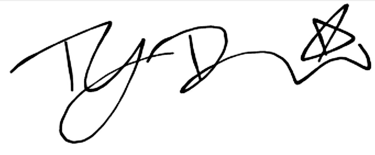 ty davis's Signature