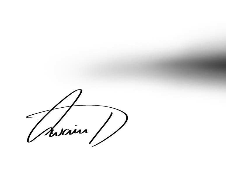 Owain Davies's Signature